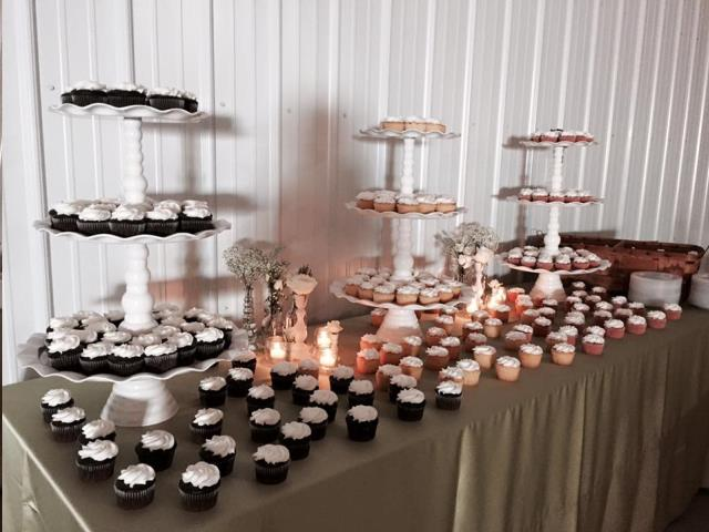 Where to find White Cupcake Stand w  Scalloped Edge in Auburn