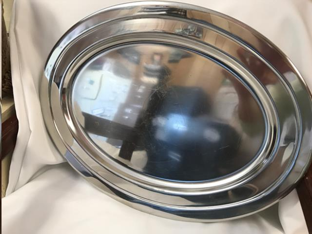 Where to find 20  OVAL VINTAGE PLATER in Auburn